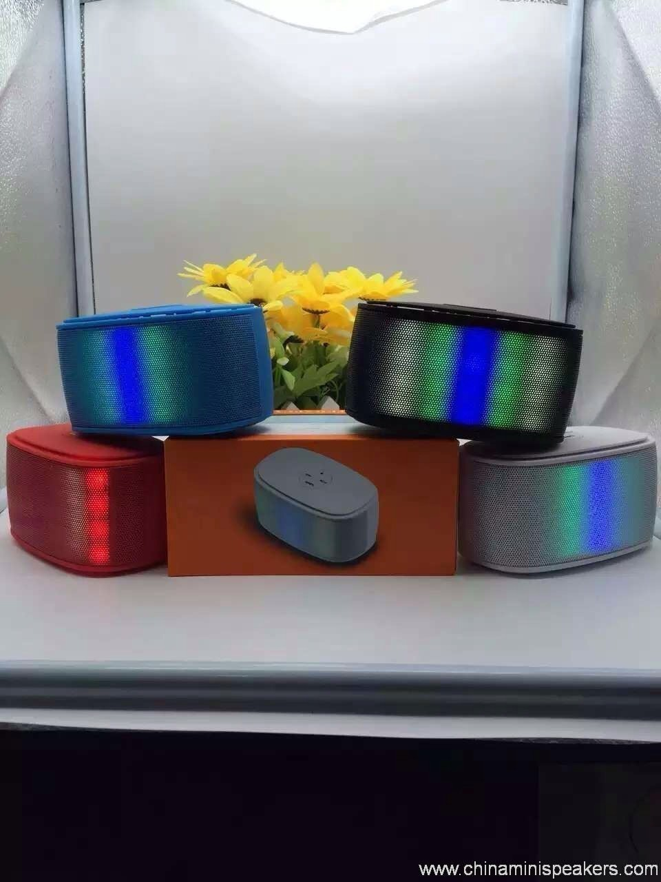 Colorfull mini brick bluetooth speaker with magic LED lights 2