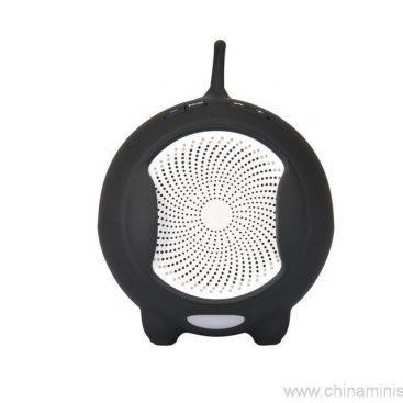 Fashionable Bluetooth Mini Speaker With Compatible Usb/Fm 7