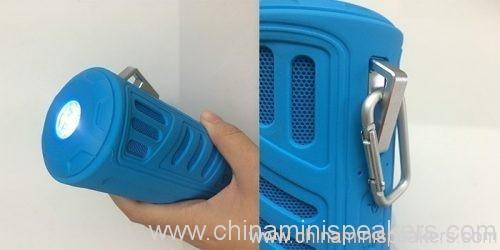 10w Super bass portable waterproof bluetooth speaker with 4400mAh powerbank 3