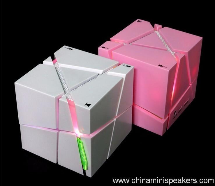 Cube super bass mini bluetooth speaker with fm radio 4