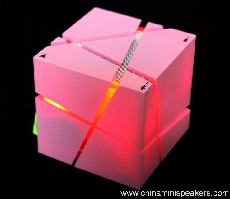 Cube super bass mini bluetooth speaker with fm radio 5