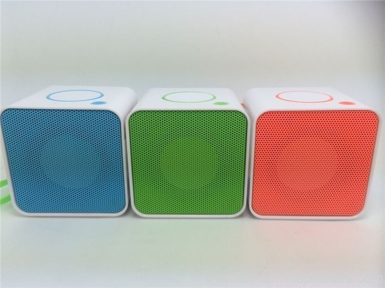 Hands Free Bluetooth Speaker – for iPhones, iPads, Androids 5
