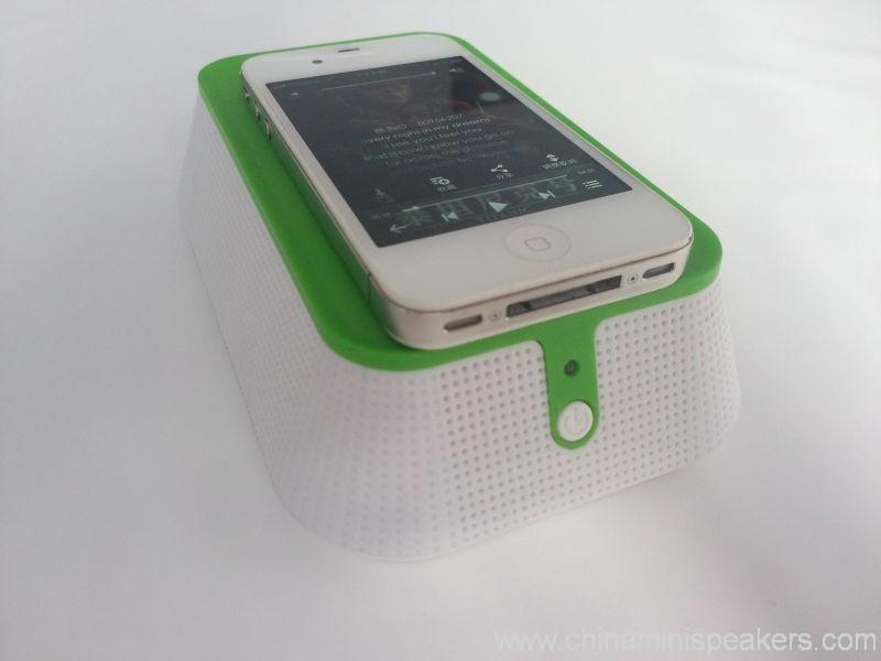 Plastic Remove Battery Induction Wireless Mini Speaker 2