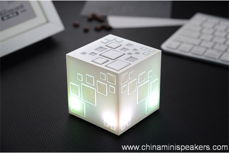 Led light cube wireless portable Bluetooth Speaker with TF Card FM Radio 6