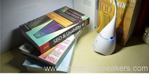 2-in-1-foldable-rechargeable-desk-lamp-bluetooth-wireless-speaker-01