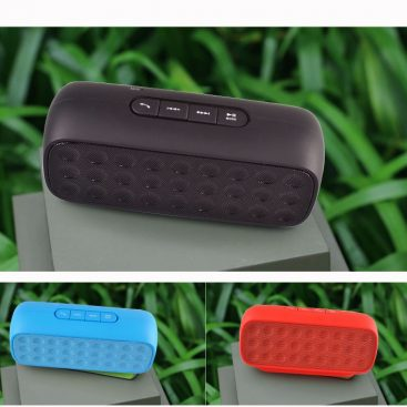 wireless-bluetooth-speaker-8-hours-continuously-working-time-06