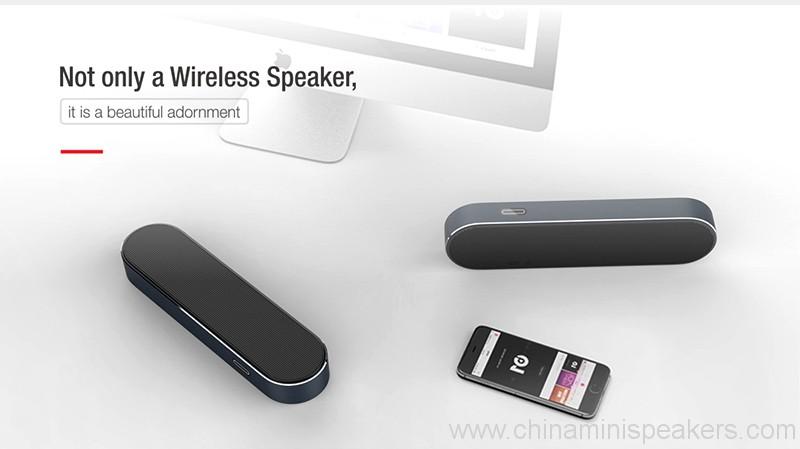 bluetooth-speaker-3-4w-2-portable-bluetooth-speaker-with-aux-04