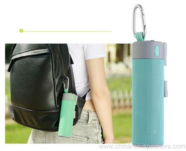power-bank-bluetooth-speaker-with-selfie-stick-holder-02