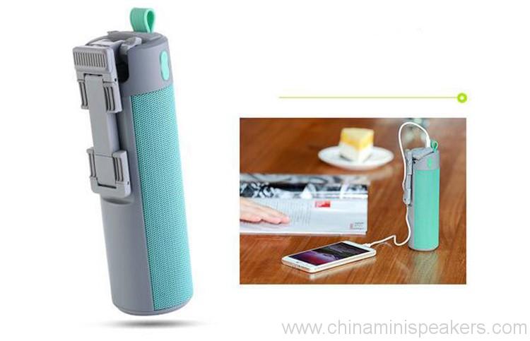 power-bank-bluetooth-speaker-with-selfie-stick-holder-03